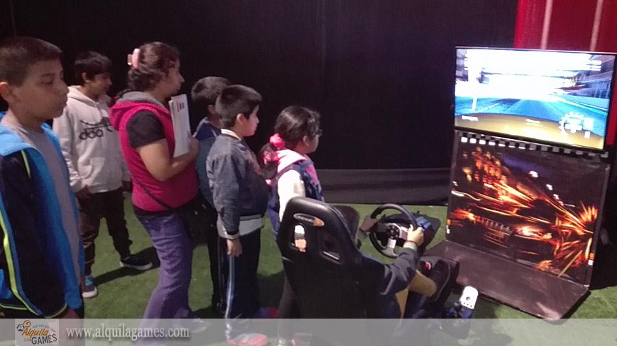 Simulador de Autos PRO en Toyothan en Plaza Norte
